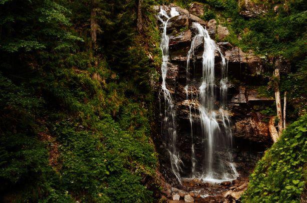Роза Хутор водопады