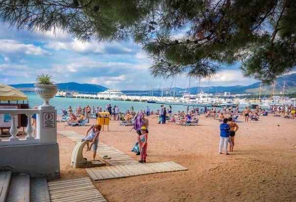 Геленджик песчаный пляж