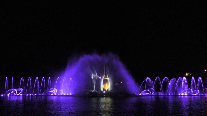 Поющие фонтаны Абрау-Дюрсо