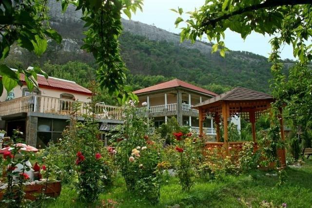 Отдых в горах Крыма
